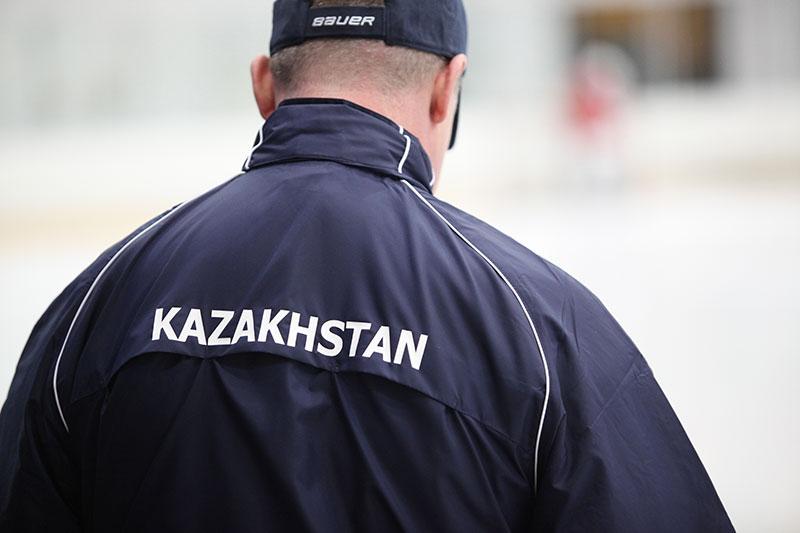 Legia Warszawa 2-6 Kazachstan U-18 - fot. Piotr Galas (zdjęcie 4 z 25)
