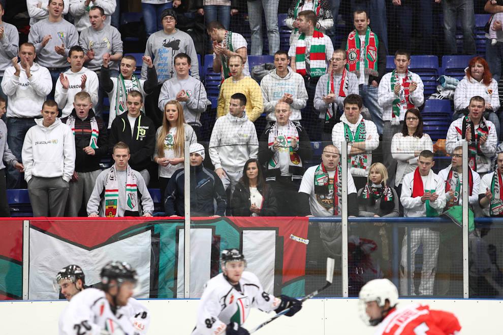 Legia Warszawa 6-1 SMS I Sosnowiec - fot. Piotr Galas (zdjęcie 17 z 28)
