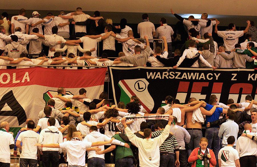 Fenomenul Ultras in alte sporturi - Pagina 2 12mazowsze1H_f27