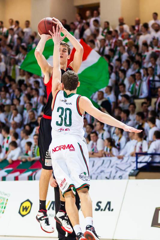 Legia Warszawa 69-58 Polonia Warszawa - fot. Piotr Galas (zdjęcie 20 z 77)