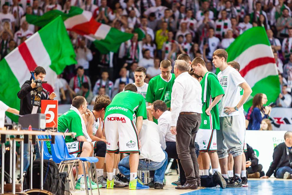 Legia Warszawa 69-58 Polonia Warszawa - fot. Piotr Galas (zdjęcie 27 z 77)
