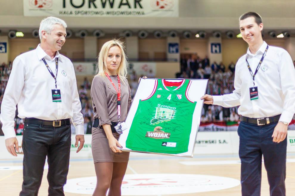 Legia Warszawa 69-58 Polonia Warszawa - fot. Piotr Galas (zdjęcie 3 z 77)