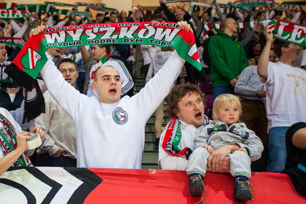 Legia Warszawa 69-58 Polonia Warszawa - fot. Piotr Galas (zdjęcie 4 z 77)