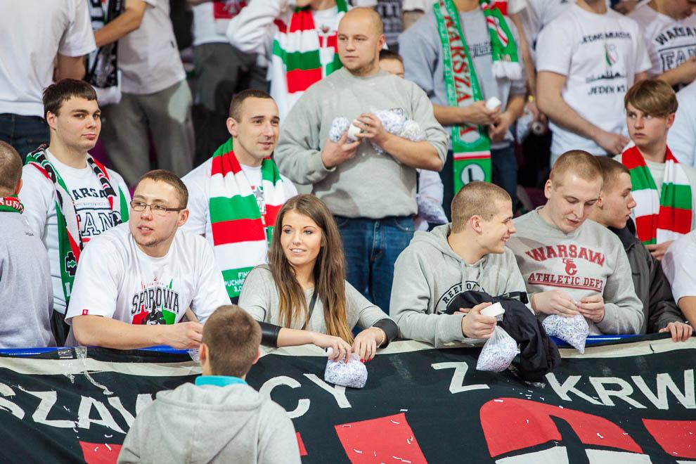 Legia Warszawa 69-58 Polonia Warszawa - fot. Piotr Galas (zdjęcie 57 z 77)