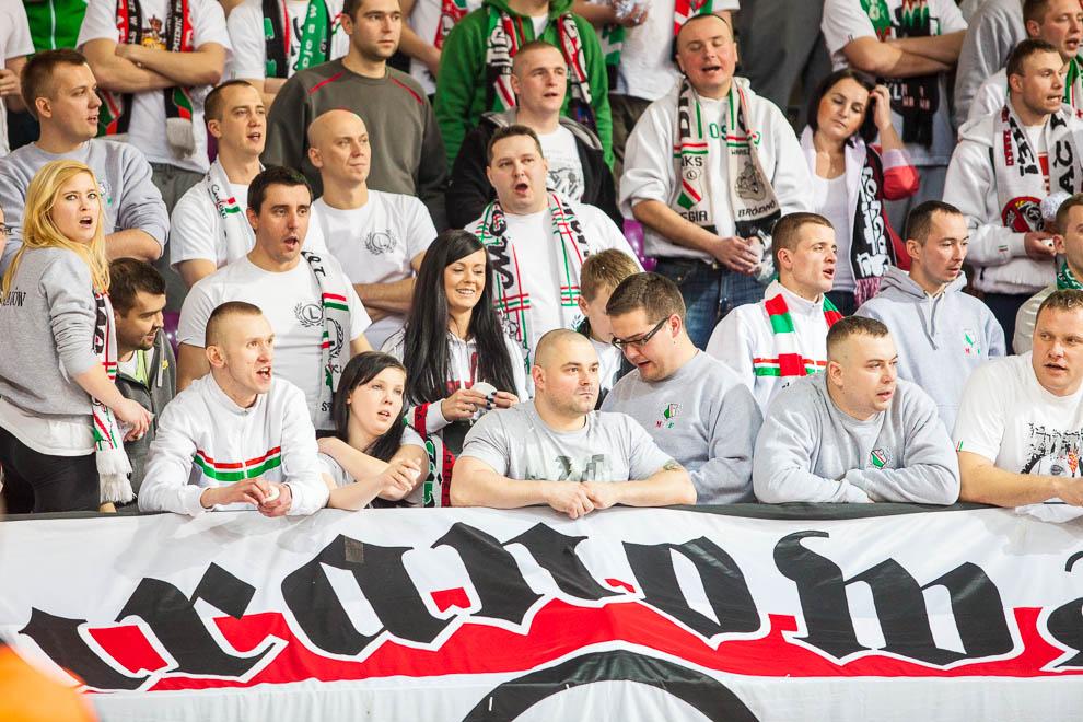 Legia Warszawa 69-58 Polonia Warszawa - fot. Piotr Galas (zdjęcie 58 z 77)