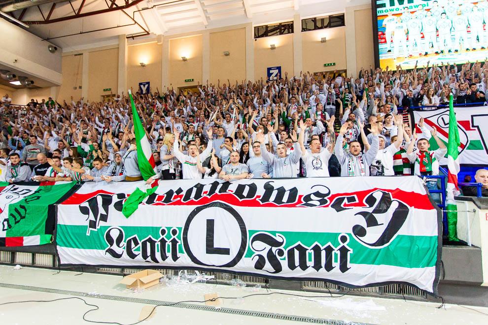 Legia Warszawa 69-58 Polonia Warszawa - fot. Piotr Galas (zdjęcie 59 z 77)