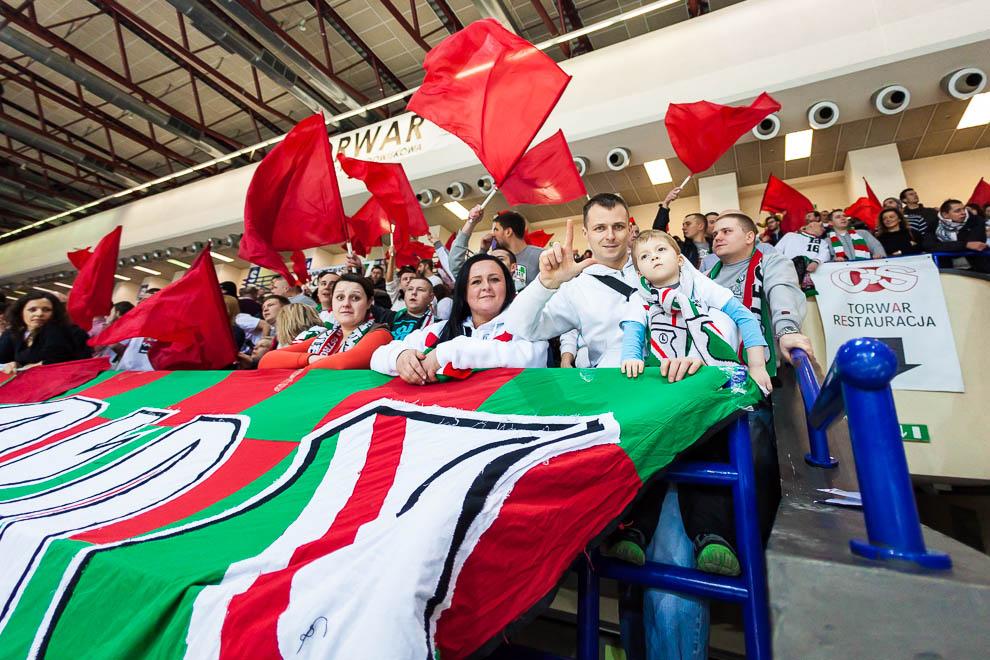 Legia Warszawa 69-58 Polonia Warszawa - fot. Piotr Galas (zdjęcie 6 z 77)