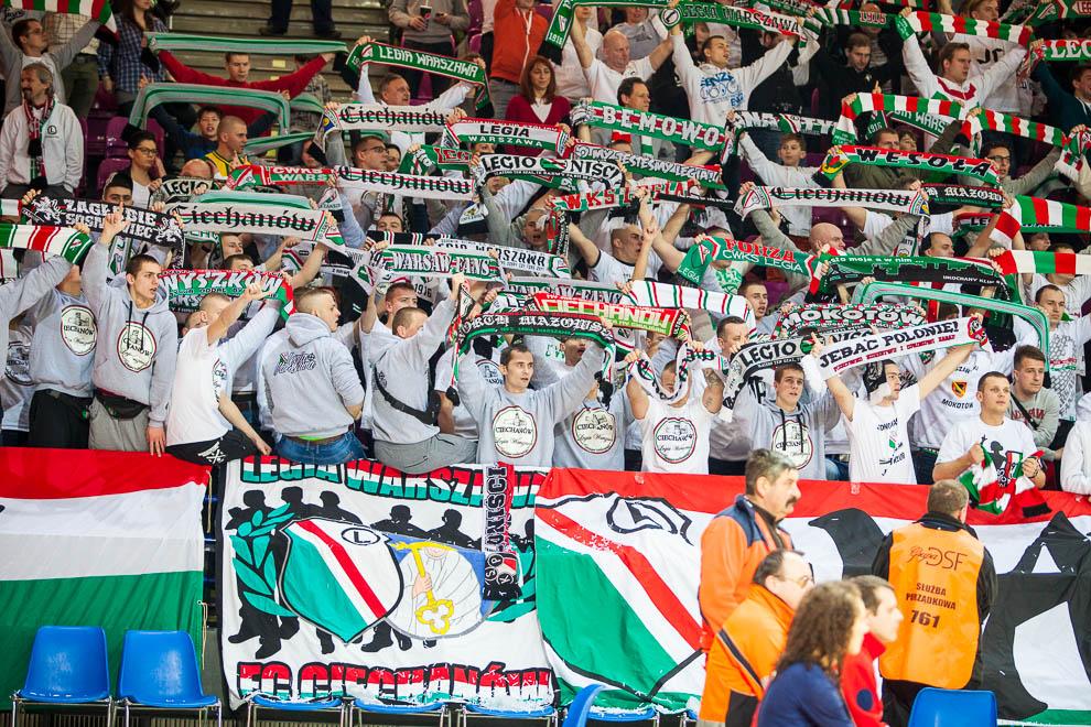 Legia Warszawa 69-58 Polonia Warszawa - fot. Piotr Galas (zdjęcie 63 z 77)
