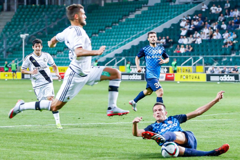 Legia Warszawa 1-0 FC Botosani - fot. Piotr Galas/wiadomosci24.pl (zdjęcie 34 z 84)