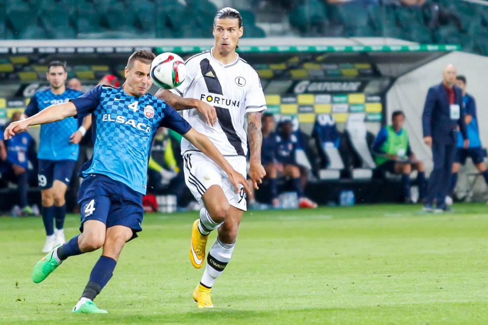 Legia Warszawa 1-0 FC Botosani - fot. Piotr Galas/wiadomosci24.pl (zdjęcie 55 z 84)