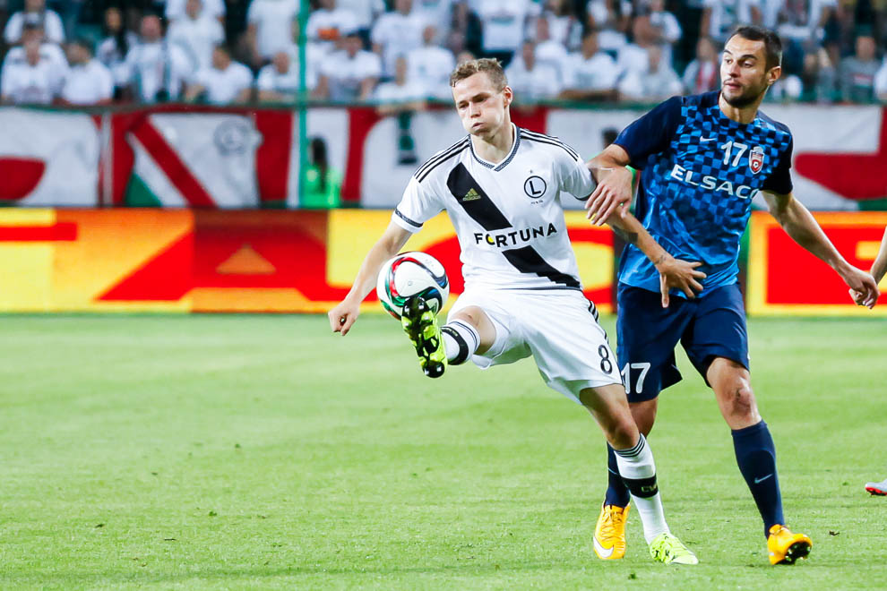 Legia Warszawa 1-0 FC Botosani - fot. Piotr Galas/wiadomosci24.pl (zdjęcie 56 z 84)