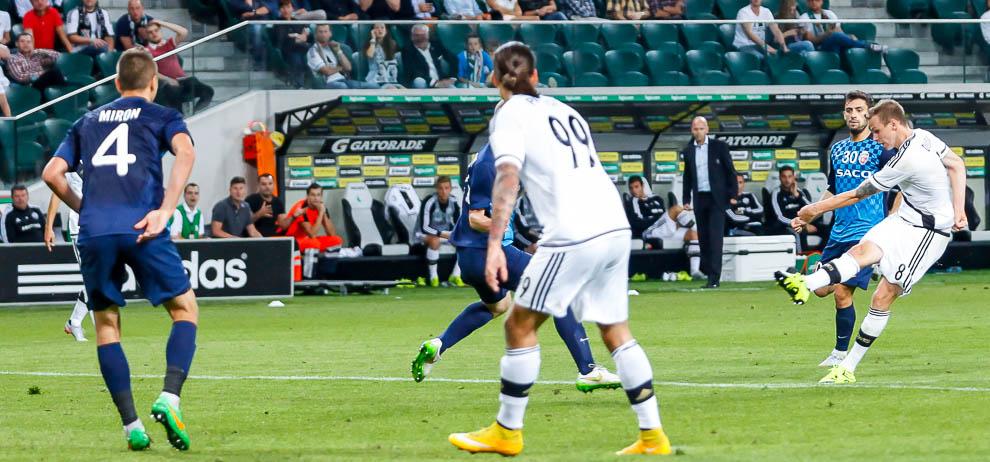Legia Warszawa 1-0 FC Botosani - fot. Piotr Galas/wiadomosci24.pl (zdjęcie 65 z 84)