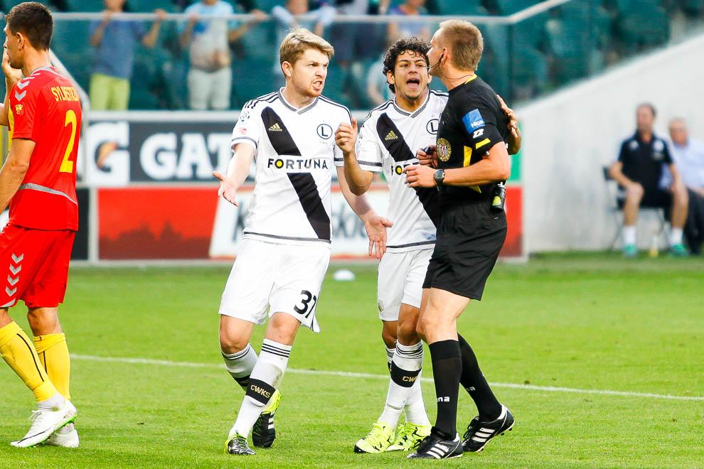 Legia Warszawa 1-2 Korona Kielce - fot. Piotr Galas/wiadomosci24.pl (zdjęcie 40 z 81)
