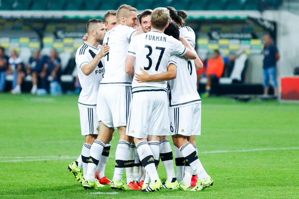 Legia Warszawa 1-0 FK Kukesi - fot. Piotr Galas/wiadomosci24.pl (zdjęcie 39 z 61)