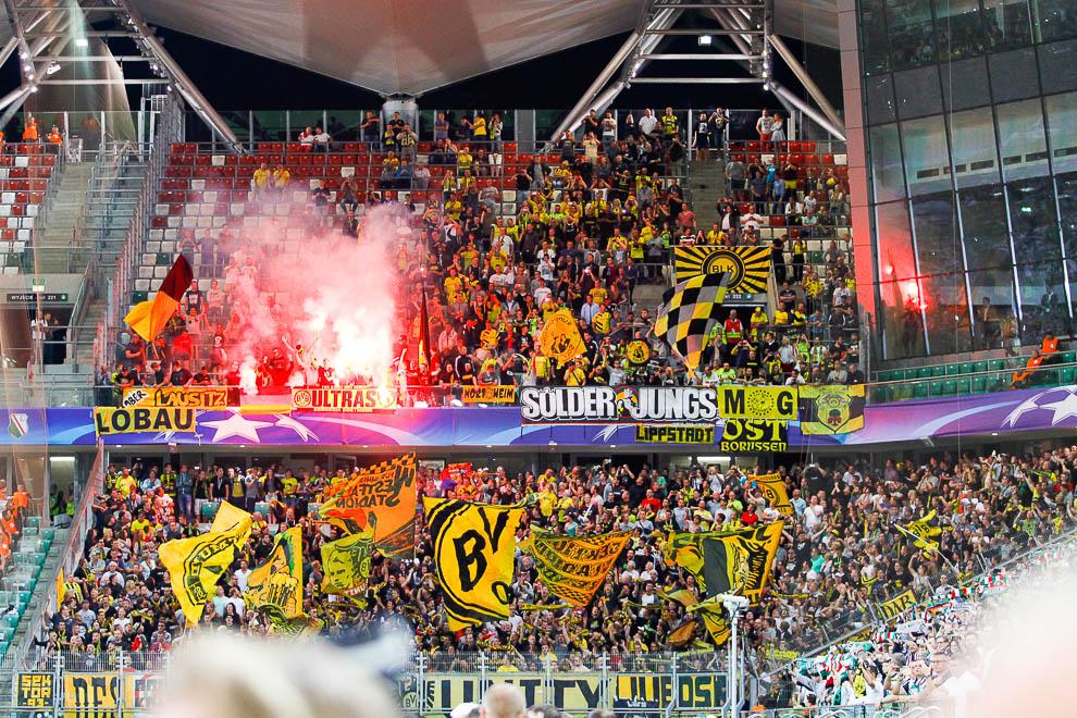 Legia Warszawa 0-6 Borussia Dortmund - fot. Piotr Galas/wiadomosci24.pl (zdjęcie 20 z 77)