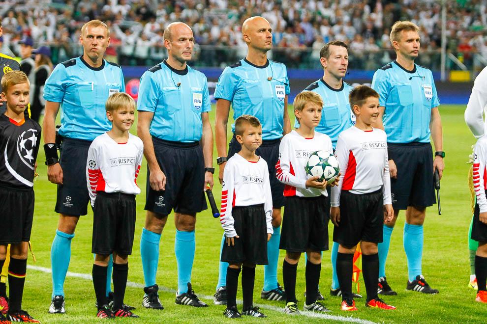 Legia Warszawa 0-6 Borussia Dortmund - fot. Piotr Galas/wiadomosci24.pl (zdjęcie 22 z 77)