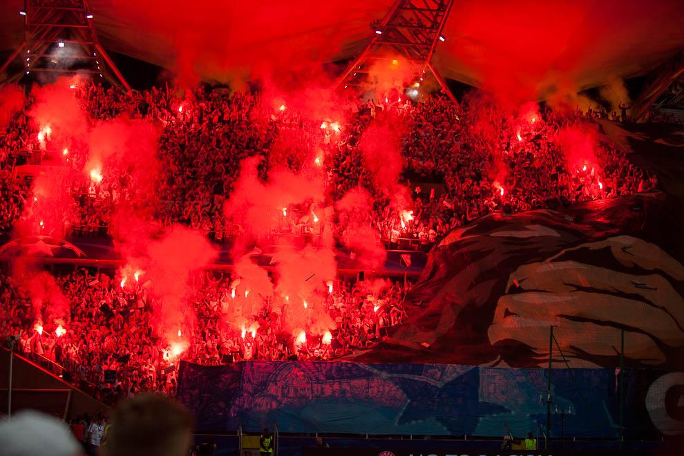 Legia Warszawa 0-6 Borussia Dortmund - fot. Piotr Galas/wiadomosci24.pl (zdjęcie 26 z 77)