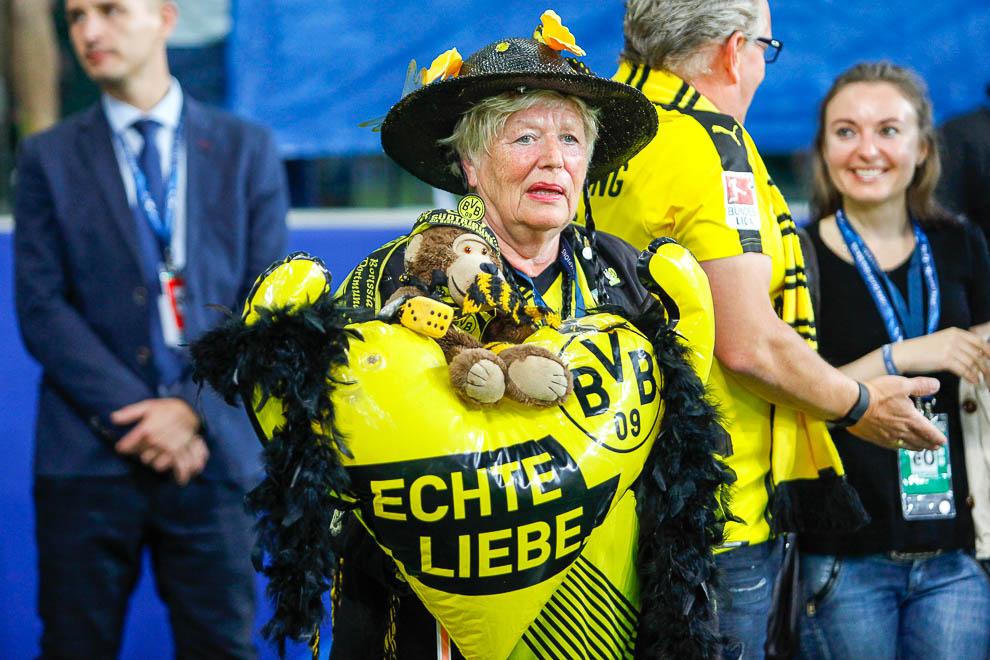 Legia Warszawa 0-6 Borussia Dortmund - fot. Piotr Galas/wiadomosci24.pl (zdjęcie 3 z 77)