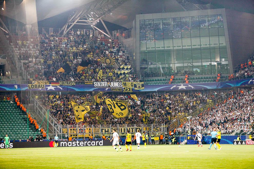 Legia Warszawa 0-6 Borussia Dortmund - fot. Piotr Galas/wiadomosci24.pl (zdjęcie 33 z 77)