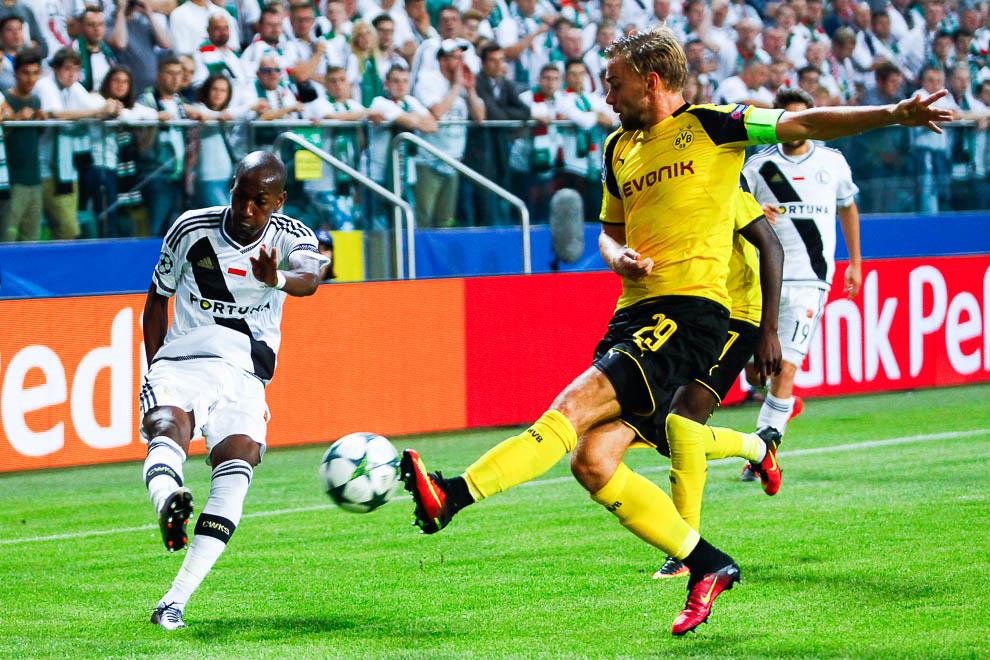 Legia Warszawa 0-6 Borussia Dortmund - fot. Piotr Galas/wiadomosci24.pl (zdjęcie 35 z 77)