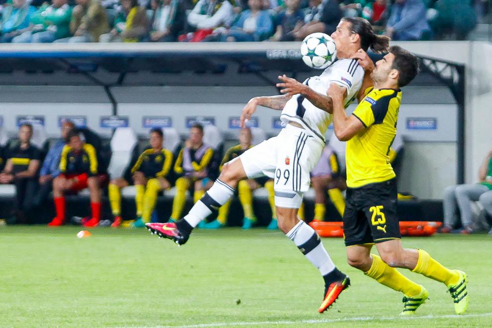 Legia Warszawa 0-6 Borussia Dortmund - fot. Piotr Galas/wiadomosci24.pl (zdjęcie 40 z 77)
