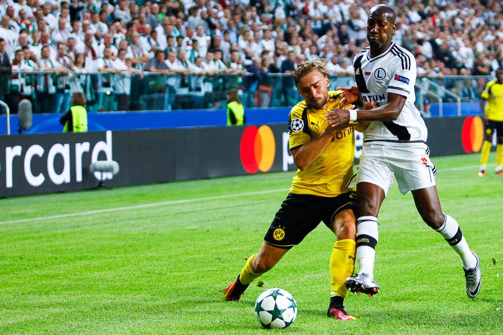 Legia Warszawa 0-6 Borussia Dortmund - fot. Piotr Galas/wiadomosci24.pl (zdjęcie 42 z 77)