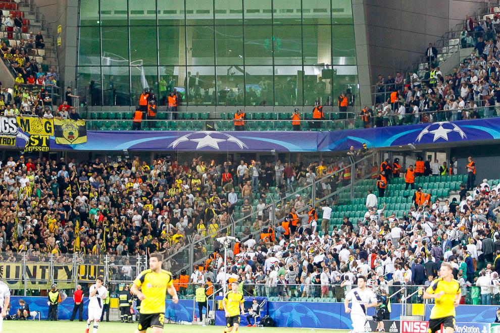 Legia Warszawa 0-6 Borussia Dortmund - fot. Piotr Galas/wiadomosci24.pl (zdjęcie 43 z 77)