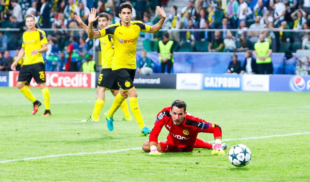 Legia Warszawa 0-6 Borussia Dortmund - fot. Piotr Galas/wiadomosci24.pl (zdjęcie 46 z 77)