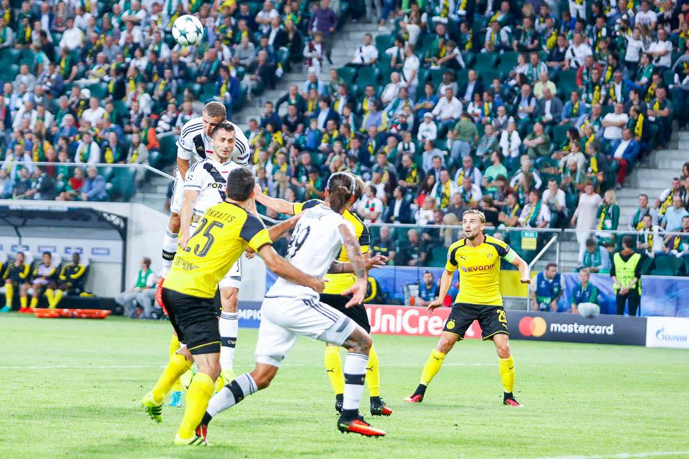 Legia Warszawa 0-6 Borussia Dortmund - fot. Piotr Galas/wiadomosci24.pl (zdjęcie 47 z 77)