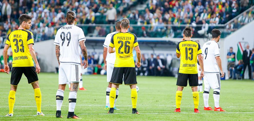 Legia Warszawa 0-6 Borussia Dortmund - fot. Piotr Galas/wiadomosci24.pl (zdjęcie 48 z 77)