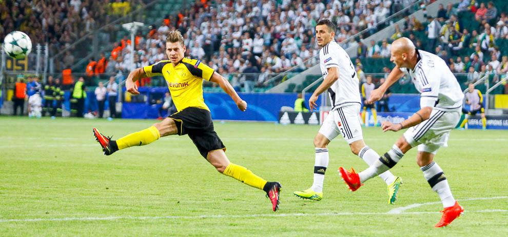 Legia Warszawa 0-6 Borussia Dortmund - fot. Piotr Galas/wiadomosci24.pl (zdjęcie 55 z 77)