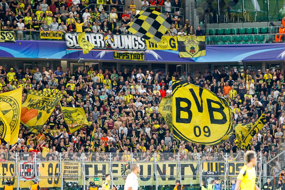 Legia Warszawa 0-6 Borussia Dortmund - fot. Piotr Galas/wiadomosci24.pl (zdjęcie 67 z 77)