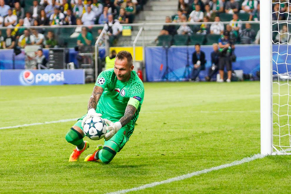 Legia Warszawa 0-6 Borussia Dortmund - fot. Piotr Galas/wiadomosci24.pl (zdjęcie 68 z 77)