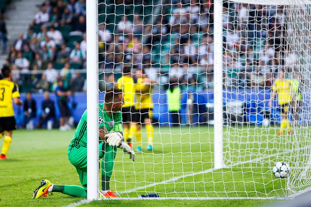 Legia Warszawa 0-6 Borussia Dortmund - fot. Piotr Galas/wiadomosci24.pl (zdjęcie 71 z 77)