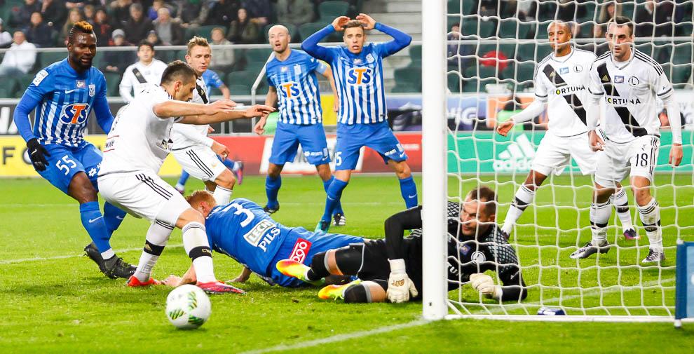 Legia Warszawa 2-1 Lech Poznań - fot. Piotr Galas/wiadomosci24.pl (zdjęcie 34 z 62)