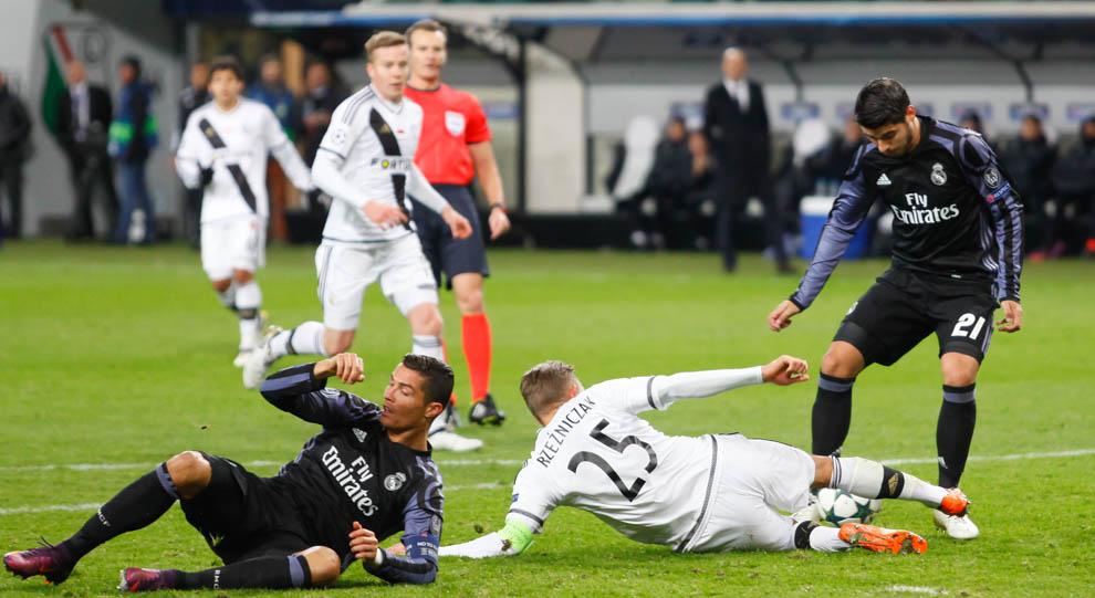 Legia Warszawa 3-3 Real Madryt - fot. Piotr Galas/wiadomosci24.pl (zdjęcie 38 z 42)