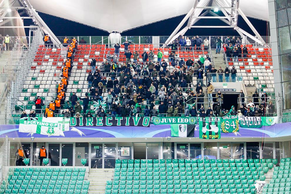 Legia Warszawa 1-0 Sporting Clube de Portugal - fot. Piotr Galas/wiadomosci24.pl (zdjęcie 3 z 27)