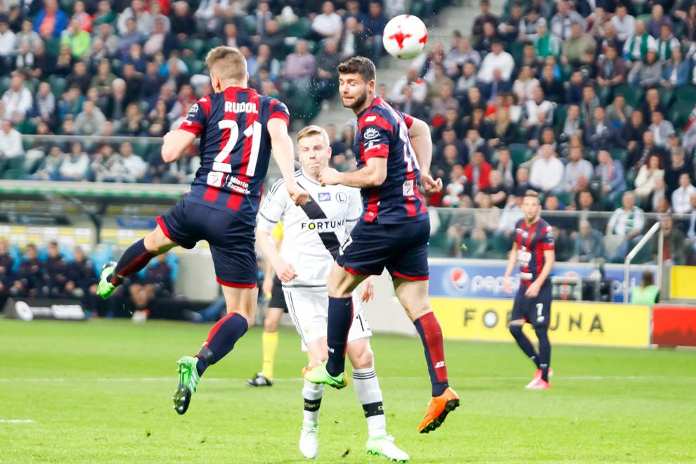 Legia Warszawa 2-0 Pogoń Szczecin - fot. Piotr Galas/wiadomosci24.pl (zdjęcie 19 z 51)