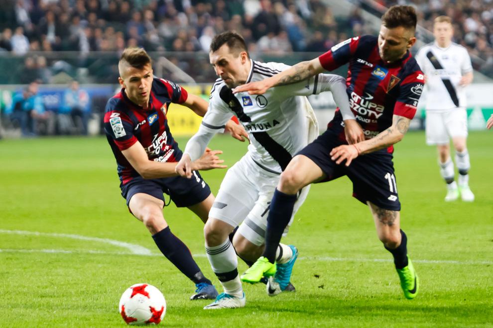 Legia Warszawa 2-0 Pogoń Szczecin - fot. Piotr Galas/wiadomosci24.pl (zdjęcie 35 z 51)