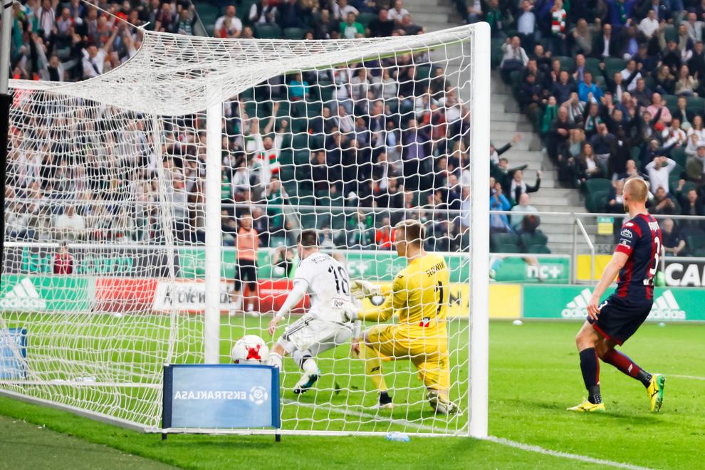 Legia Warszawa 2-0 Pogoń Szczecin - fot. Piotr Galas/wiadomosci24.pl (zdjęcie 36 z 51)
