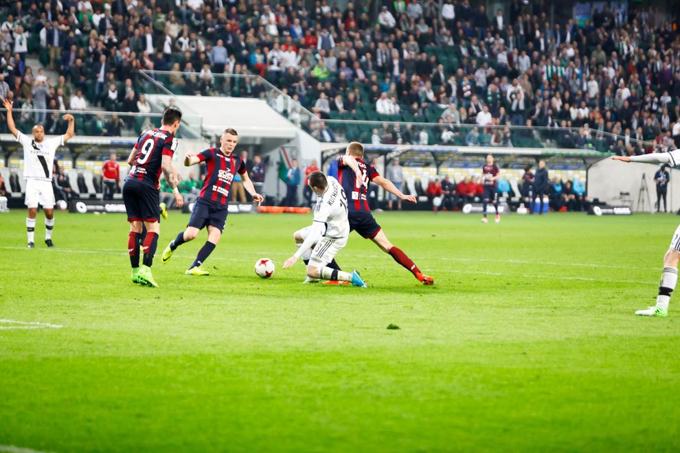 Legia Warszawa 2-0 Pogoń Szczecin - fot. Piotr Galas/wiadomosci24.pl (zdjęcie 41 z 51)