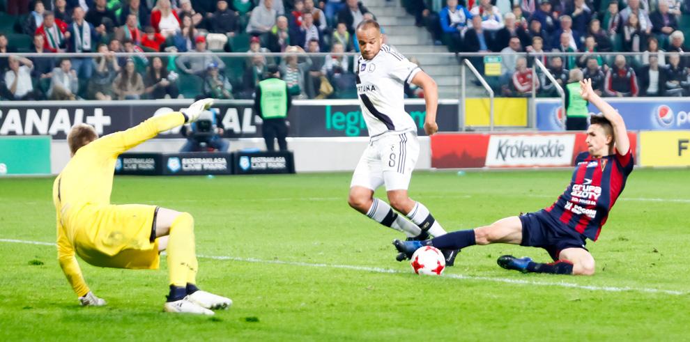 Legia Warszawa 2-0 Pogoń Szczecin - fot. Piotr Galas/wiadomosci24.pl (zdjęcie 44 z 51)