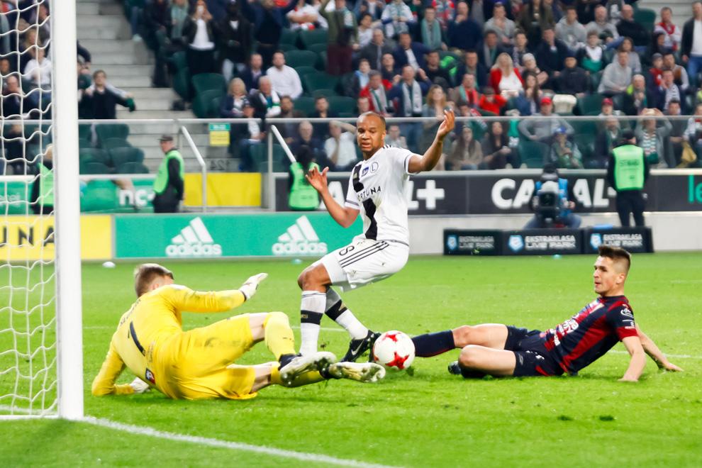 Legia Warszawa 2-0 Pogoń Szczecin - fot. Piotr Galas/wiadomosci24.pl (zdjęcie 45 z 51)