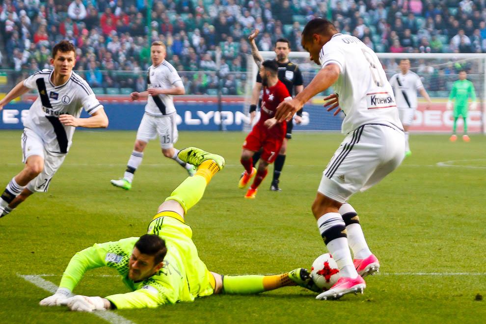 Legia Warszawa 1-1 Wisła Kraków - fot. Piotr Galas/wiadomosci24.pl (zdjęcie 25 z 52)