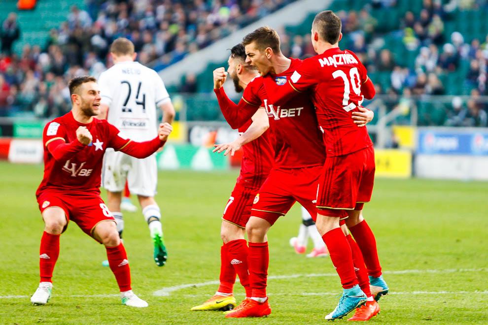 Legia Warszawa 1-1 Wisła Kraków - fot. Piotr Galas/wiadomosci24.pl (zdjęcie 48 z 52)