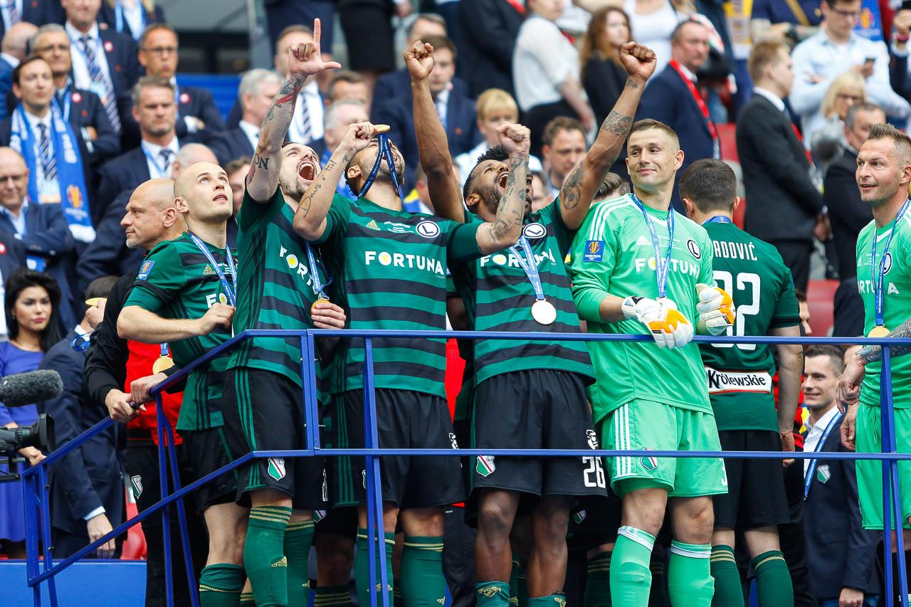 Arka Gdynia 1-2 Legia Warszawa - fot. Piotr Galas (zdjęcie 110 z 142)