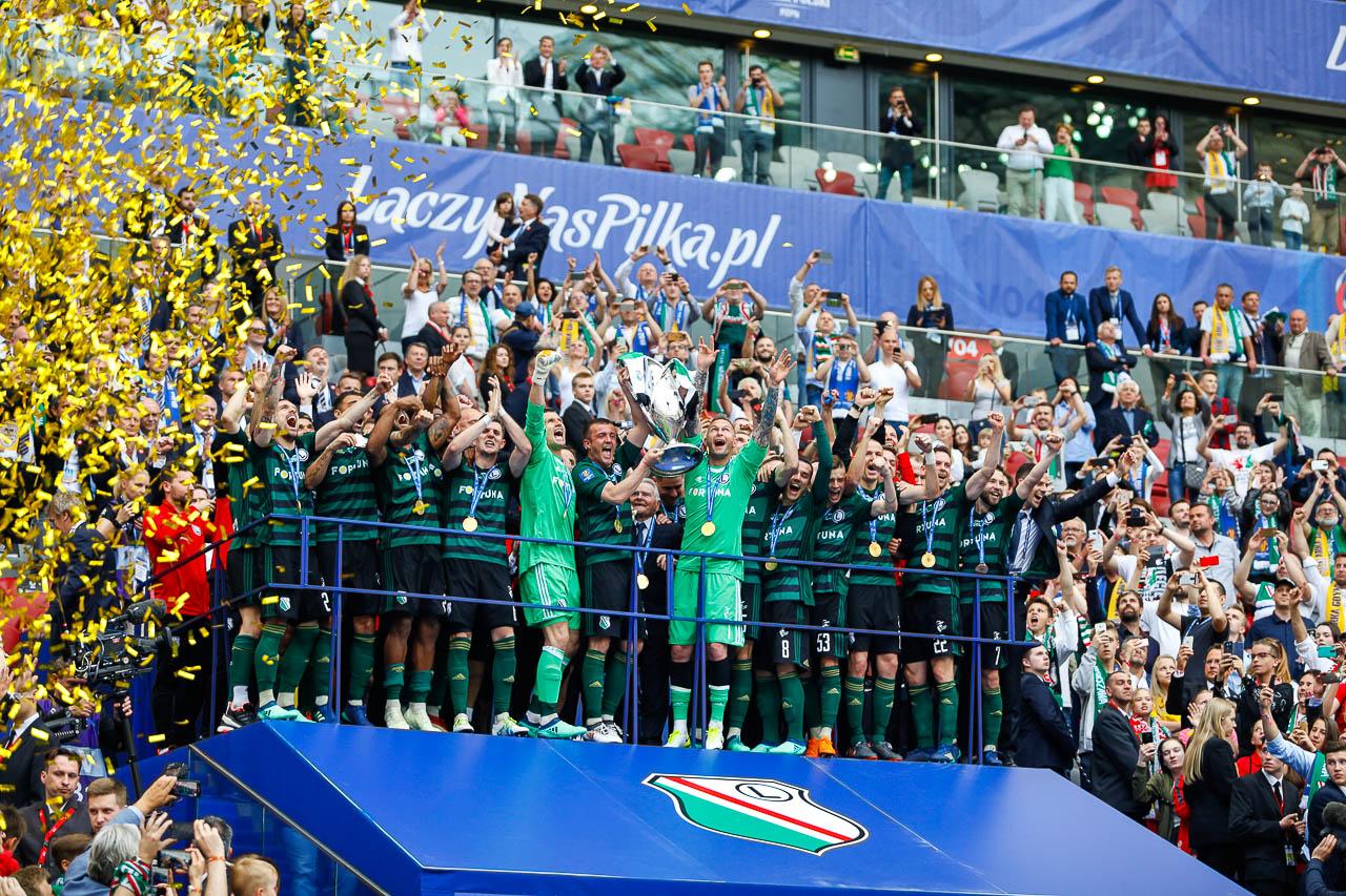 Arka Gdynia 1-2 Legia Warszawa - fot. Piotr Galas (zdjęcie 115 z 142)