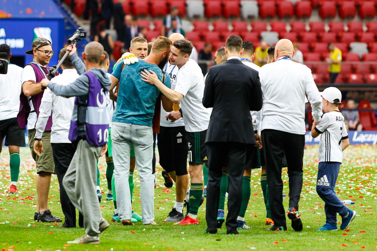 Arka Gdynia 1-2 Legia Warszawa - fot. Piotr Galas (zdjęcie 137 z 142)