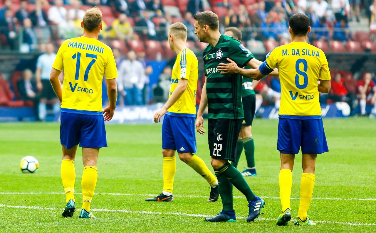 Arka Gdynia 1-2 Legia Warszawa - fot. Piotr Galas (zdjęcie 60 z 142)