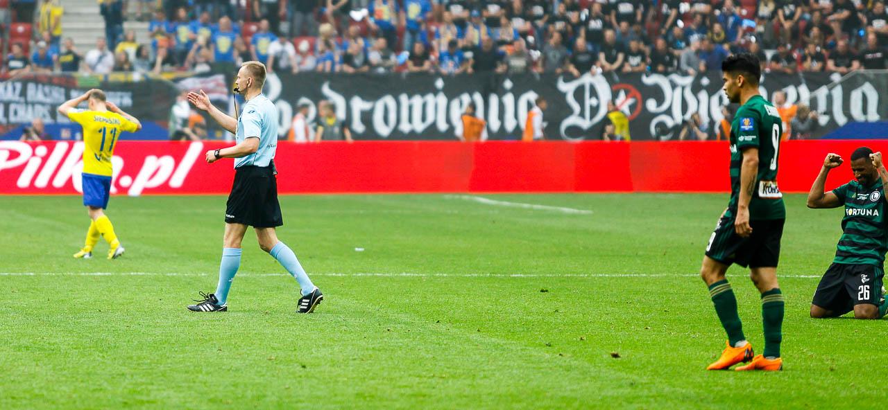 Arka Gdynia 1-2 Legia Warszawa - fot. Piotr Galas (zdjęcie 69 z 142)